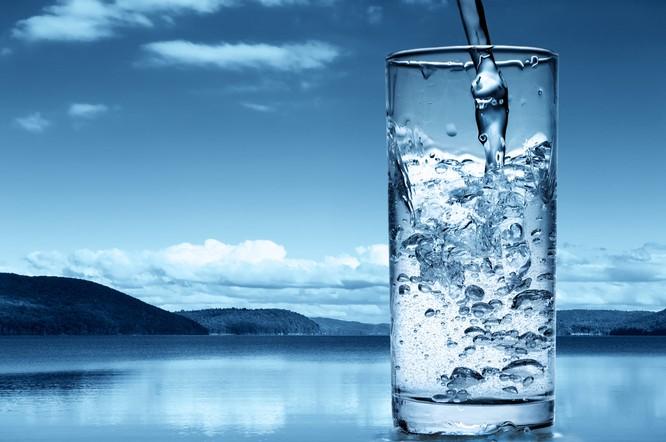 минеральная вода. картинки
